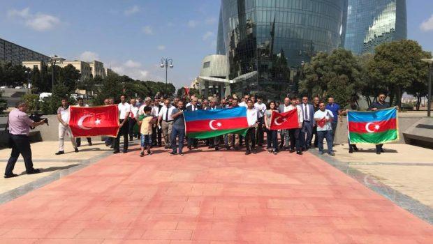 VHP Türk şəhidliyini ziyarət etdi- FOTO