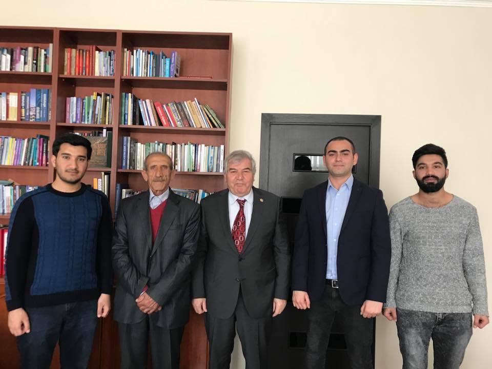 Photo of Sabir Rüstəmxanlı Naxçıvan VHP-çiləri ilə görüşüb