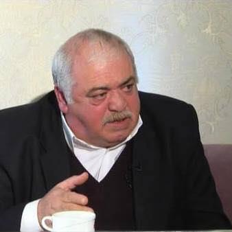 Photo of Rejissor Rövşən Almuradlı dünyasını dəyişdi