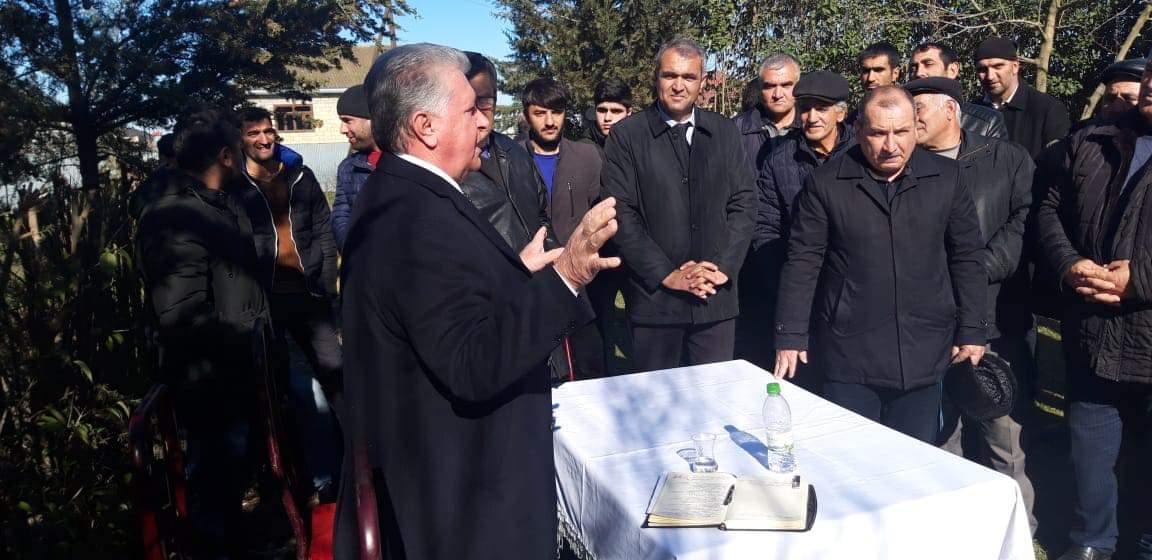 Photo of Fəzail İbrahimli Komanlı kəndinin sakinləri ilə görüşdü – FOTO